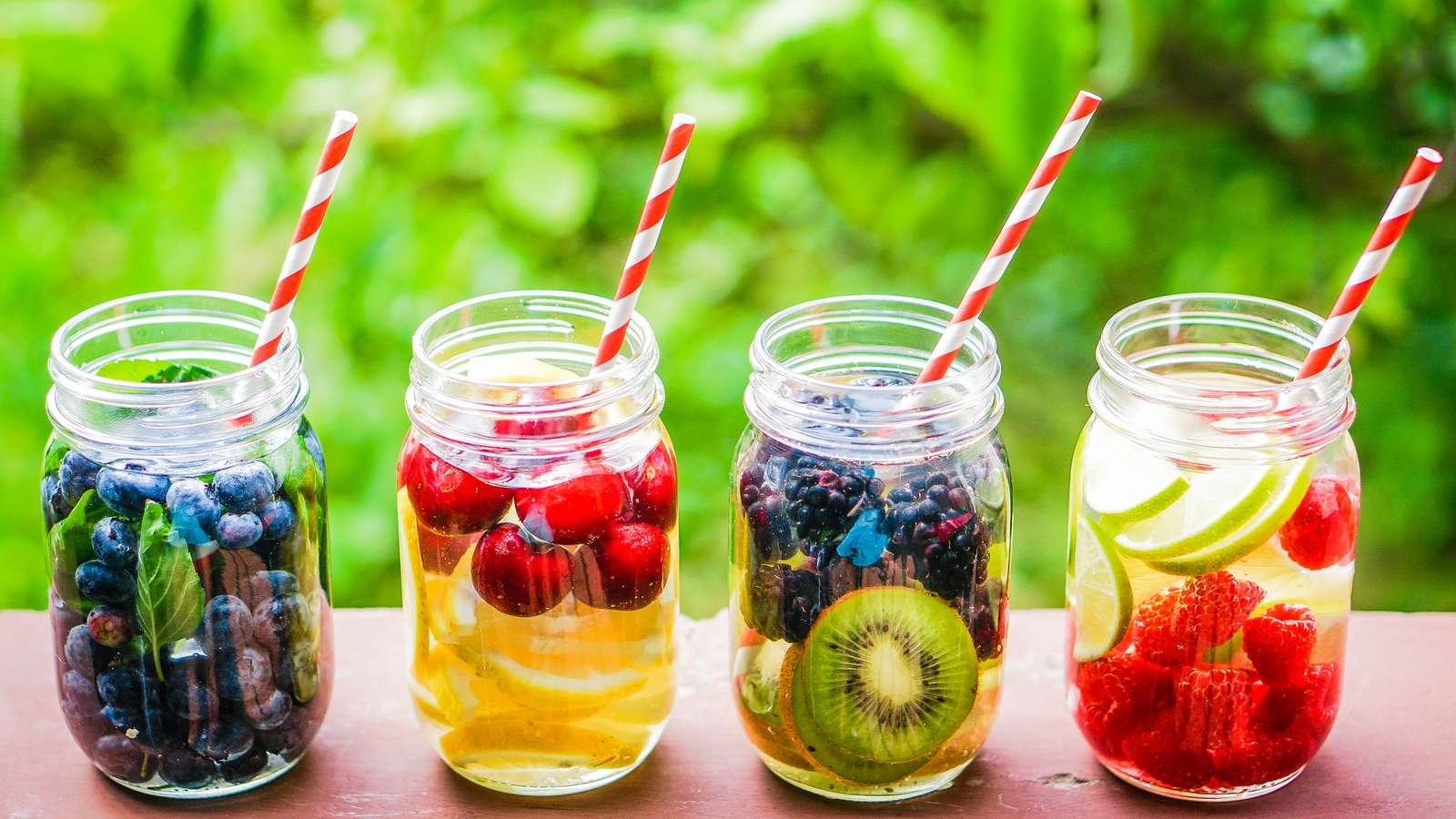 Rezepte für Detox-Drinks - Entgiften durch Flüssigkeit | evidero